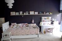 Siyah çocuk odası