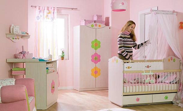 Çilek bebek odası 11